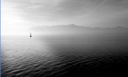 Precauciones para navegar en baja visibilidad en un velero.